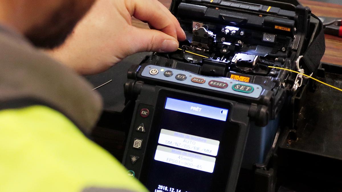 fibre optique, réseaux informatiques, Service Partner