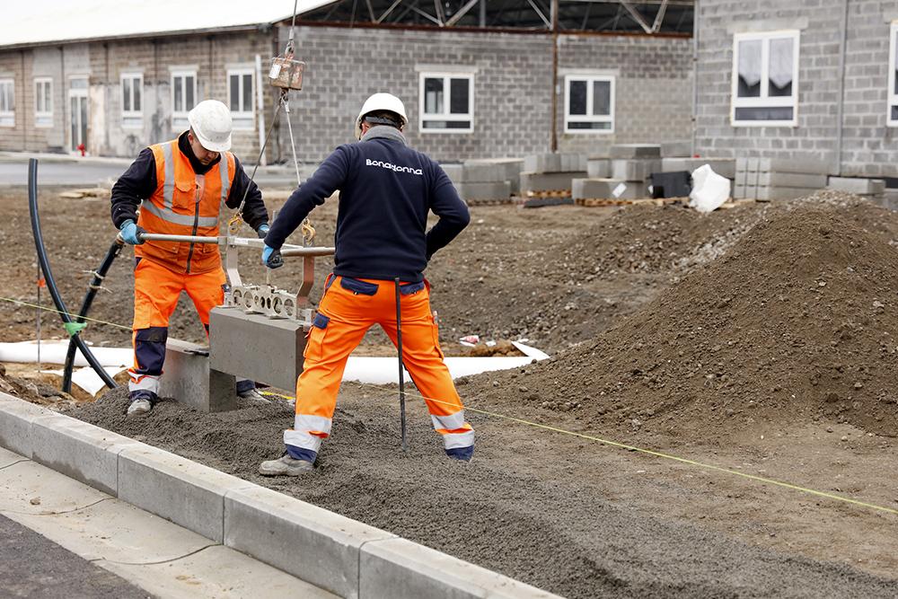 voirie, terrassement, égouttage, génie civil, aménagements publics, privés